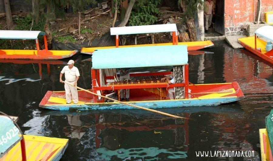 trajineras de Xochimilco Música en Trajinera