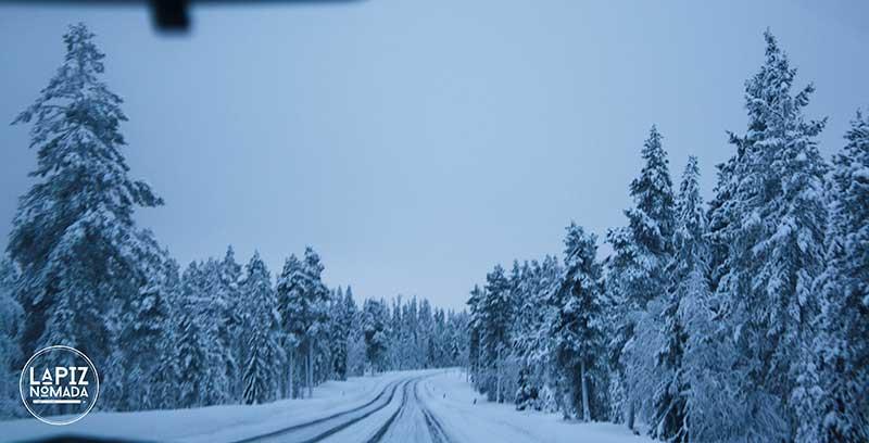Laponia-La%CC%81piz-No%CC%81mada-0564 ▷ Viajar a Laponia a dedo para ver auroras boreales más allá del Círculo Polar Ártico ✅