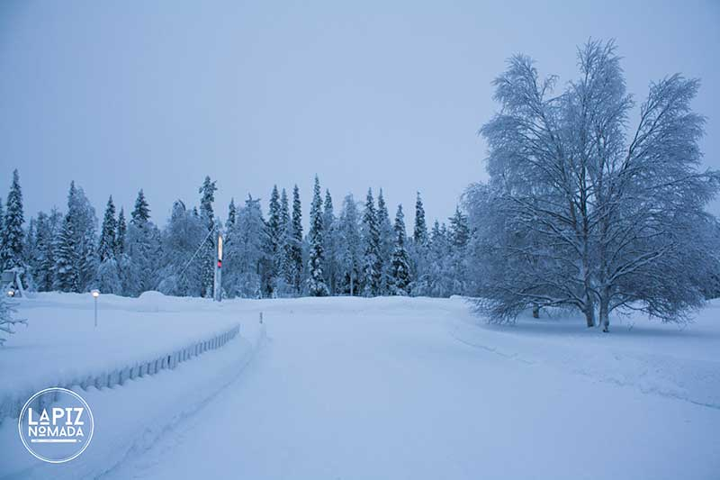 Laponia-La%CC%81piz-No%CC%81mada-0572 ▷ Viajar a Laponia a dedo para ver auroras boreales más allá del Círculo Polar Ártico ✅